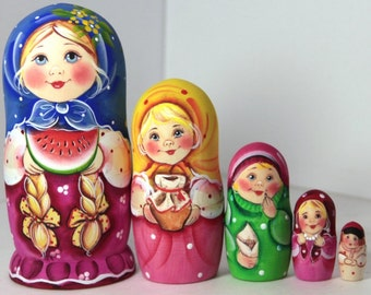 Nesting doll - Girl with watermelon - matryoshka russian babushka dolls - kod989