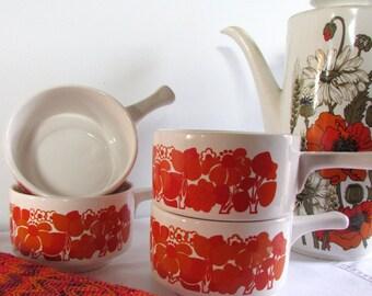 4 Vintage Retro Soup Bowls