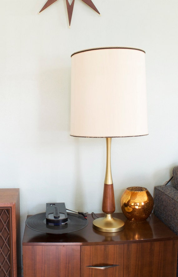 vintage wood and brass mid century modern table lamp