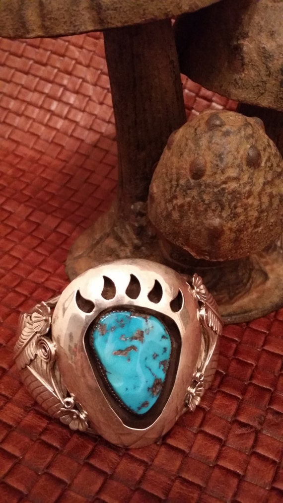 Vintage Native American Navajo Sterling Silver Turquoise Cuff Bracelet with Bear Claw and Unique Design