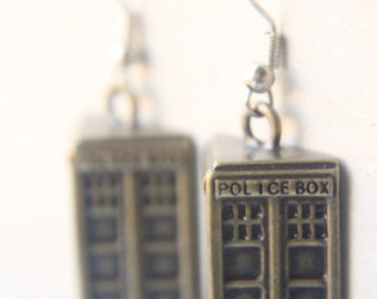 Dr. Who Jewelry - Bronze Tardis Earrings, DOCTOR WHO EARRINGS, Geekery jewelry / accessories, doctor who dress, tardis blue dr. who earrings