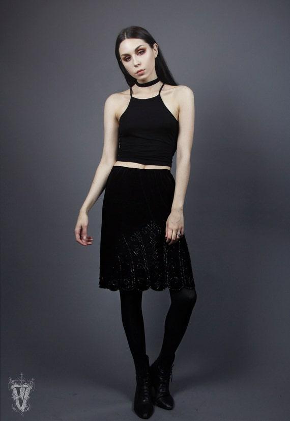 Size 10 M/L NWT Vintage 1990s Black Velvet Art Deco Scallop Rhinestone Mini Skirt