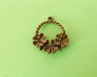 10 pcs of Antique Bronze Antique Bronze Flower Charms 22mm x 25mm