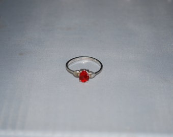 Sterling silver Garnet ring size 6.5