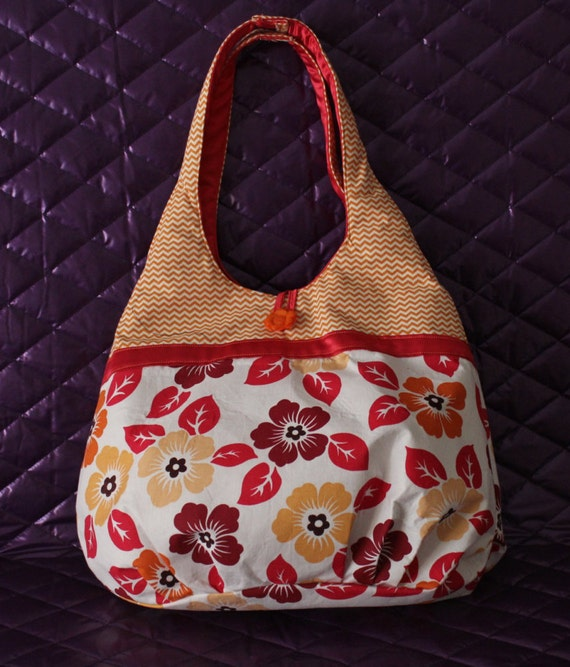 Floral/ chevron pattern  shoulder bag,  fully lined with internal pocket, , suitable for all ages