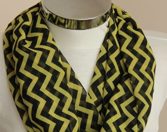 Olive green Infinity Scarf: zig zag chevron  scarf with olive green and black colors,  spring summer fashion, gift for her, for women