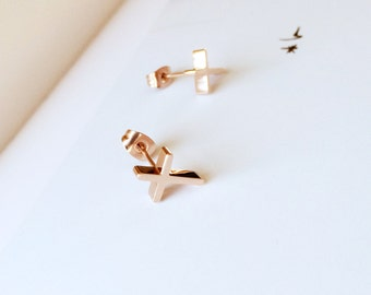 Cross Stud Earring  18K Rose Gold Earring Tiny Cute Earring Everyday Stud Earring Adorable Earring
