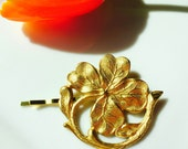 Gold Shamrock Hair Pin, Four Leaf Clover Hair Pin, Gold Bobby Pin, Leaf Brass Barrette, Wedding Hair, Boho Hair Pin, Tress Temptress