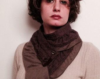 wavy scarf tie