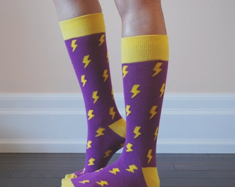 Yellow pattern dress socks