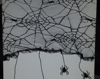 Lace Web & Spiders
