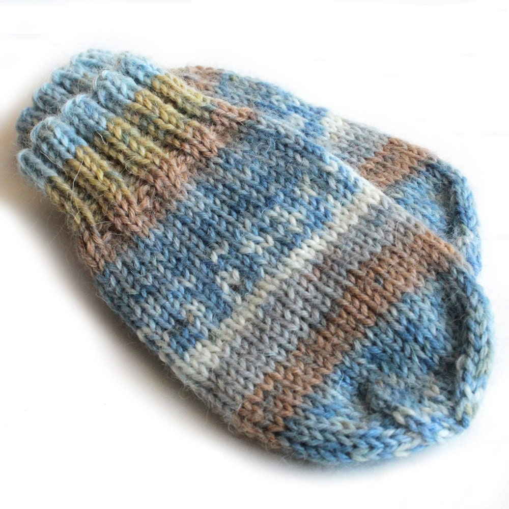 Knitting Pattern For Baby Mittens Without Thumb : Baby Mittens. Knit Winter Mittens Without Thumbs. Infant Hand