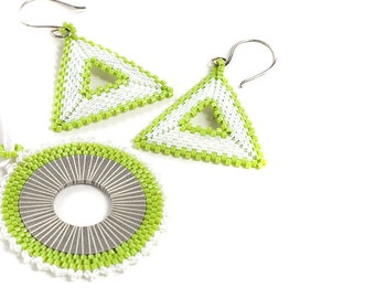 Earring and Necklace Set // Lime Green and White // Beaded