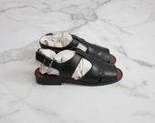 black leather sandals / size 6 t straps / size 5.5 sandals