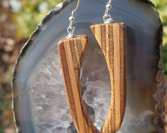 Recycled Mahogany Plywood Earrings - Striped - Talon - Claw - Contrast Brown Beige - Woodworking - Sustainable Wooden Jewelry - Curvy Tribal