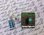 Tardis Glowing Orb Necklace with Free UV Light Charger