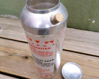 Vintage Sixties Glass Martini / Drink Shaker with Drink Recipes Included / Mad Men Liquor Shaker Vintage Barware