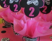 Minnie Mouse table decoration 3 in this listing
