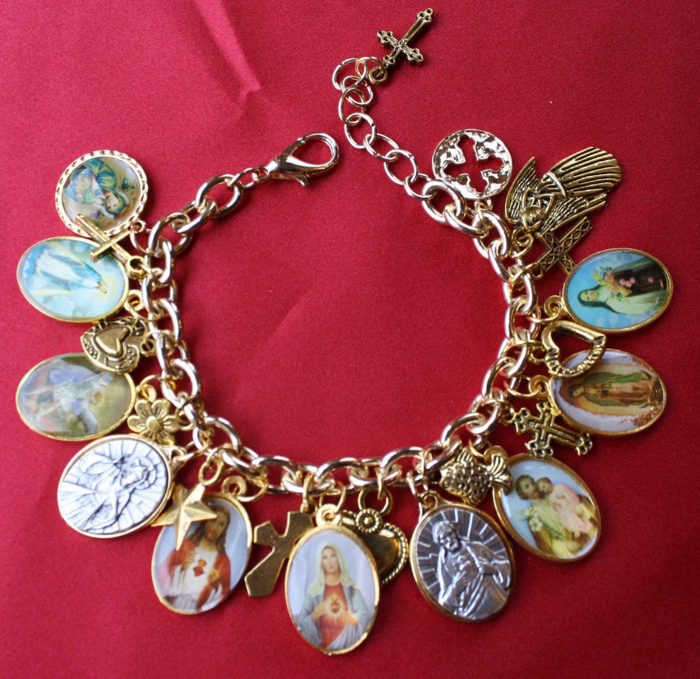 Christian Charm Bracelets: Religious Saint Medal Charm Bracelet 311a