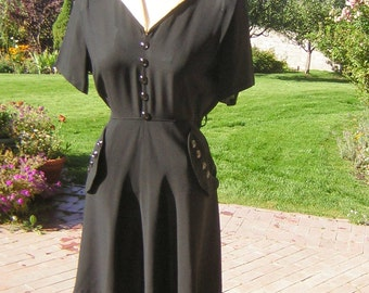 Vintage 40s Day Dress Swing Era Black Rayon Jersey Ivory Colored Collar Cute Pockets & Buttons M