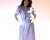 SALE 80s does 50s HOUSEWIFE Baby Blue Pleated skirt Long Polka dot MIDI flattering Dress-Size 10
