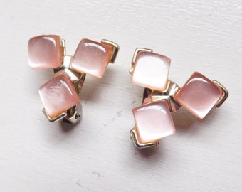 Vintage pink moonstone earrings square thermoset plastic gold tone metal clip on