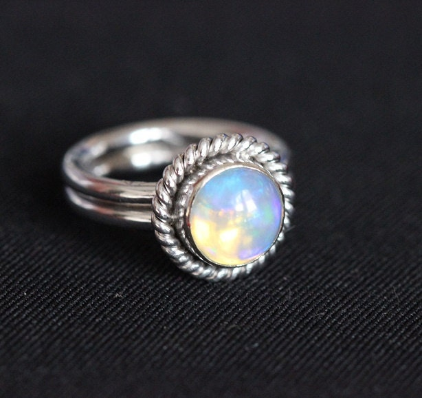 18K white Gold Opal wedding ring Natural Opal Ring by Studio1980