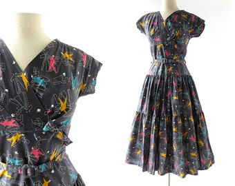 1950s Novelty Print Dress / Modiste Roi Dress / 50s Dress / 1950s Dress / 50s Cotton Dress / XS