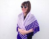 Vintage shawl 1970s shawl Bohemian shawl purple shawl Hand knit shawl Afghan cape fringed shawl hippie shawl poncho lilac shawl bohemian