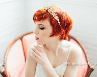 Woodland Queen Gold bridal Crown Wedding Headpiece Leaves Flowers and Pearls, Wedding Hair, Metal Wedding Hair Accessory, Gold Bridal Tiara