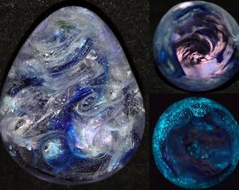 Glow in the Dark Cobalt Blue Blacklight Egg - Handblown Glass