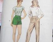 1402  KWIK SEW Pattern       Misses  Shorts  Pants Sizes   14  16  18  20