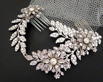 Crystal Wedding headpiece, Bridal hair comb, Bridal hair vine, Swarovski headpiece, Vintage style hair comb, Rhinestone hair comb