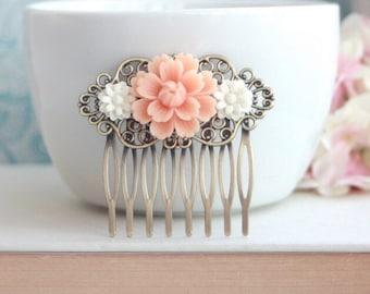 Peach Mum Flower, Small White Daisy Flower Hair Comb Clip, Bridesmaids Gift, Wedding Bridal, Vintage Style Rustic Hair Comb. Peach Wedding
