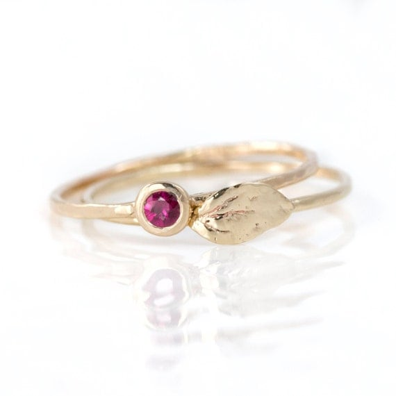 Ruby Ring and Leaf Ring Stacking Ring Set of Two // 14k Gold Delicate Thin Hammered Stackable Rings // Red Ruby and Real Leaf