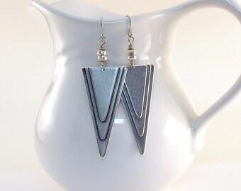 Geometric Triangle Earrings - Silver Ox Plated Earrings - Wire Earrings -Antique Silver Earrings -Big Earrings -Long Earrings -Boho Earrings