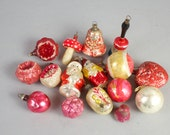 Antique Christmas Ornaments / Red Glass Tree Oornaments