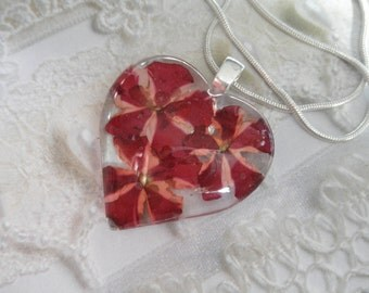 Red & Pink Pinwheel Verbena Pressed Flower Glass Heart Pendant-An Enchanted Heart-Gifts Under 30-Symbolizes Enchantment-Nature's Art