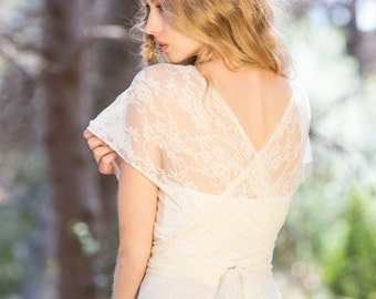 Romantic boho lace wedding dress, backless bridal gowns, convertible wedding dresses, marriage, ivory lace gown, feminine lace wedding dress
