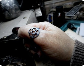 Hedgewitch. Pentagram Wiccan Star Symbol Protection Ring Sterling Silver handmade Cast Lost Wax Technique Heathen Ring Medieval Ring
