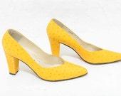 Vtg 80s Chic Rare Ostrich Leather Yellow Bright Pop Art Speckled Hip Hop Urban Barbie High Heel Stiletto Shoe 7
