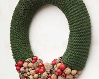 Green Christmas wreath, Winter wreath, Holiday wreath, Front door wreath, Rustic Christmas wreath