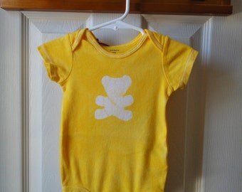 Yellow Baby Bodysuit, Gender Neutral Baby Gift, Teddy Bear Baby Bodysuit, Yellow Bear Bodysuit, Yellow Baby Gift (12 months) SALE