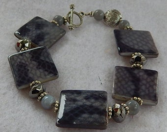 Silver & Snake Print Beaded Bracelet Jewelry Handmade NEW Accessories