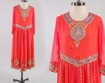 SALE Vintage India coral silk chiffon GOLD BOUILLON embroidered gown / Indian princess dress / Statement piece