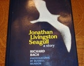 1st Ed Jonathan Livingston Seagull, Hardback with Jacket, Epic 1970s Fable about a Seagull and his Love For Flying, written by Richard Bach