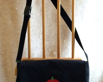 Tudor Rose Tablet or Netbook bag