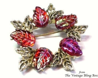 50s Red Fruit Salad Stone Gold Leaf Wreath Brooch in Molded Iridescent Beads in Golden Leaves Figural Motif - Vintage 50's Costume Jewelry