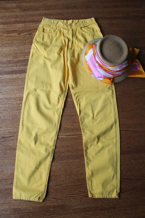 80s skinny jeans Benetton high waisted jeans five pocket pants canary yellow Benetton brand Blue Family 27 inch Waist