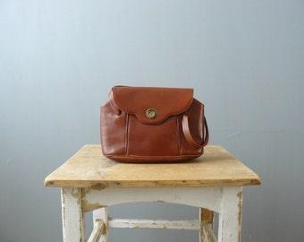 Vintage purse. 1960s handbag. brown leather handbag